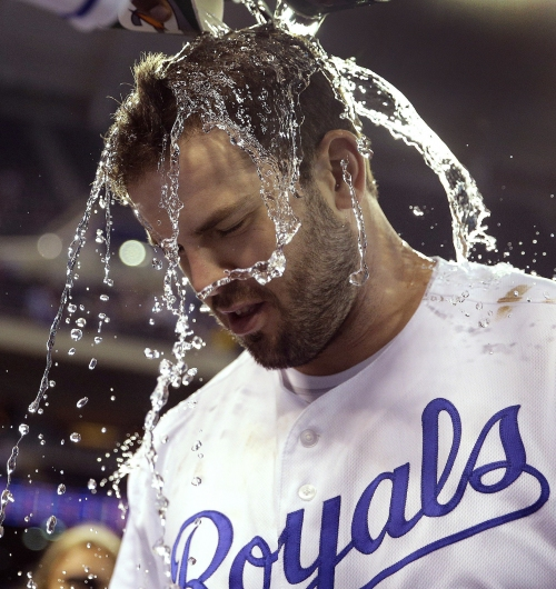 Mike Moustakas trade rumors involve Red Sox, Yankees but Royals slugger says he's not paying attention
