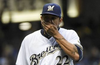 Brewers extend home run streak in loss to Pirates