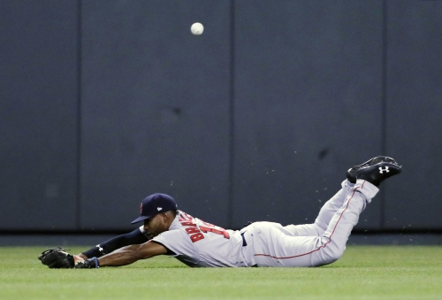 Jackie Bradley Jr., Boston Red Sox CF, explains how he 'calculates risk' in split-second on whether to dive to make play