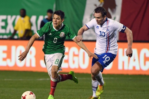 Major Link Soccer: Hirving Lozano is heading to the Netherlands