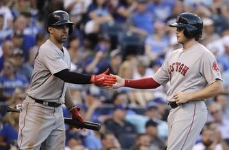 Sale sharp, Red Sox move into 1st with 8-3 romp over Royals (Jun 20, 2017)