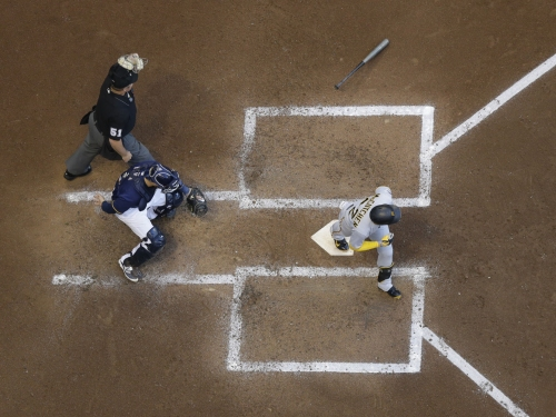 Andrew McCutchen homers for fifth time in seven games in Pirates' 7-3 win