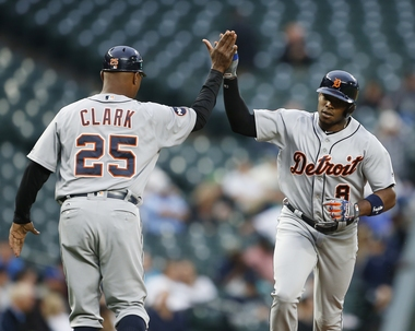 Mariners' walk-off win in 10th inning sends Tigers to 4th loss in a row