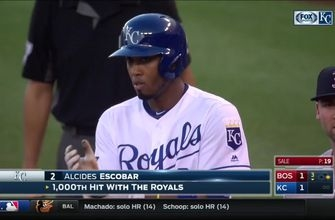WATCH: Moustakas, Escobar achieve key milestones in Royals' loss to Red Sox