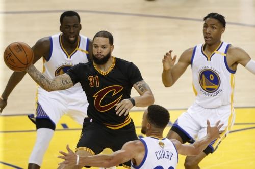 2016-17 Cleveland Cavaliers Reviews: Deron Williams