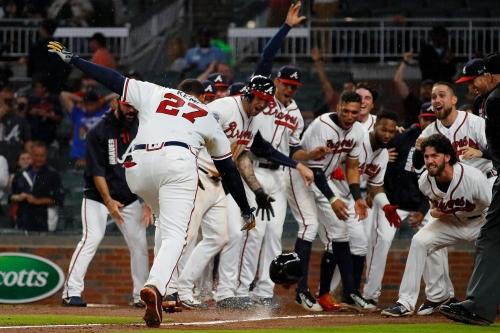 Recap: Kemp homer gives Braves walk-off win in 11 innings