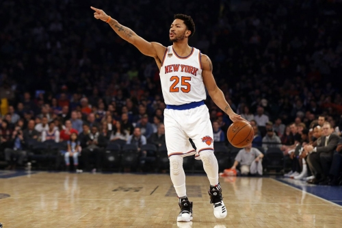 "Report: Spurs showing ""strong interest"" in Derrick Rose"