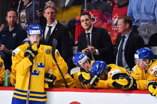 Experts match Red Wings with Necas, Pettersson in mock drafts