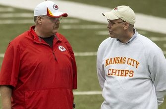 Chiefs extend head coach Andy Reid, part ways with GM John Dorsey