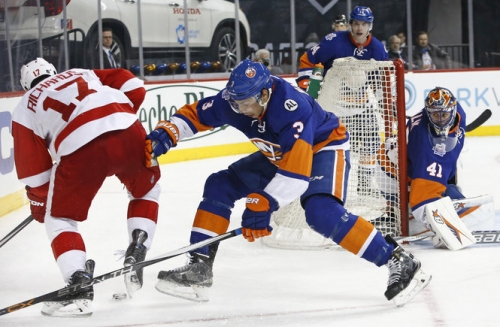 NHL Draft 17: Red Wings linked to defenseman as trade activity heats up