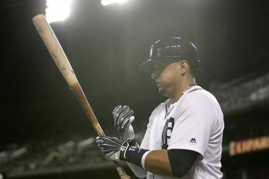 Victor Martinez, on DL with irregular heartbeat, to return Tuesday