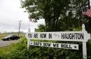 Dak's how we roll: Cowboys' Prescott visits his hometown, gives back the love Haughton, La., has for him