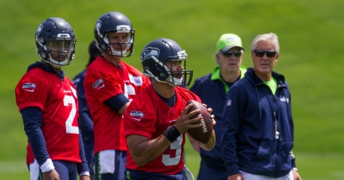 Seahawks Twitter mailbag: Could Colin Kaepernick still be a Seahawk by Aug. 1?