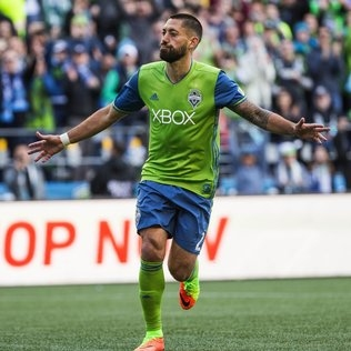 Clint Dempsey sits, Will Bruin back up top for Sounders on a hot and steamy night
