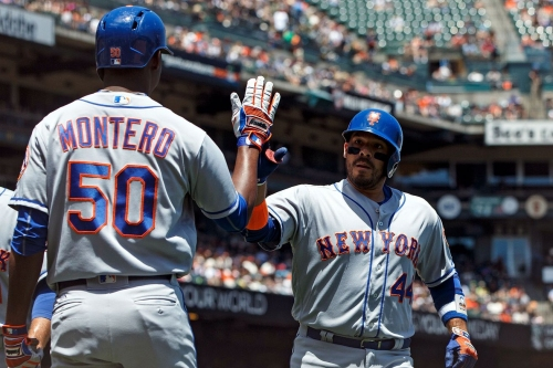 Mets Morning News: Mets finish sweep of Giants, Michael Conforto leaves with wrist injury