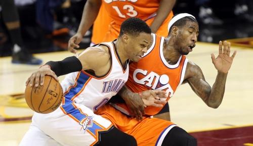 Russell Westbrook tops James Harden for 2017 NBA MVP