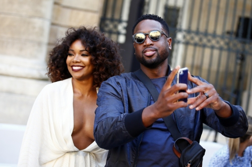 Dwyane Wade, Gabrielle Union sing (badly) to support immigrant groups