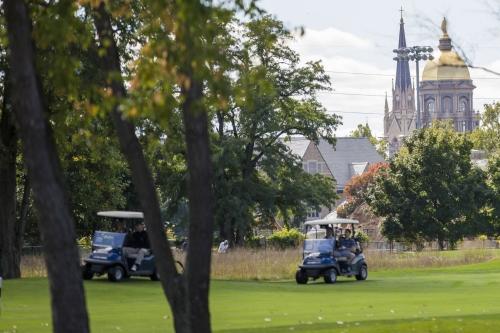 Notre Dame names John Handrigan as new men's golf coach