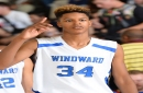 Arizona Wildcats commit Shareef O'Neal, Shaq's son, throws ball off opponent's face
