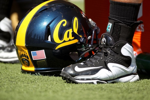 RIP to QB & DB Jim Hunt, who led Cal to its only victory against Penn State on a Hail Mary