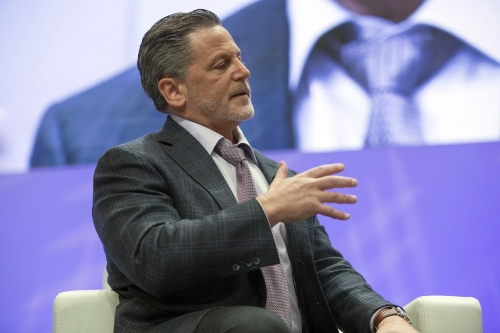 Dan Gilbert is still evaluating the Cavs' front office