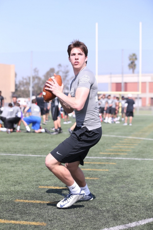 Notre Dame football starts 2019 class with commitment from QB Cade McNamara