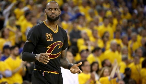NBA Rumors: LeBron James Frustrated With Cavaliers Offseason, Making Exit For Los Angeles More Likely