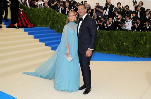 Trouble in paradise? Yankees' Alex Rodriguez, Jennifer Lopez wedding on the rocks, report says