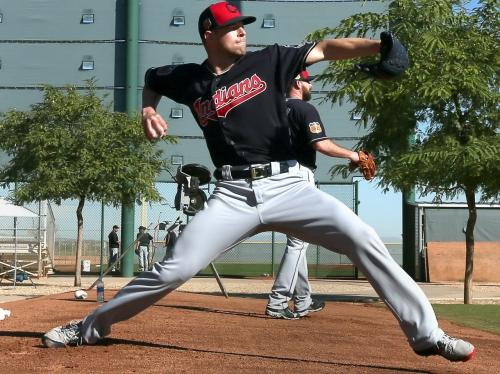 Cleveland Indians' Corey Kluber plays catch Thursday; still an option to start Sunday vs. Blue Jays