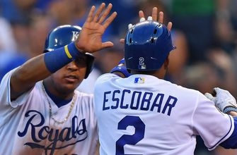 Royals offense explodes in 16-4 win over Tigers