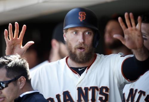 Hunter Pence remains homerless at AT&T Park, Padres flex muscles against Bumgarner