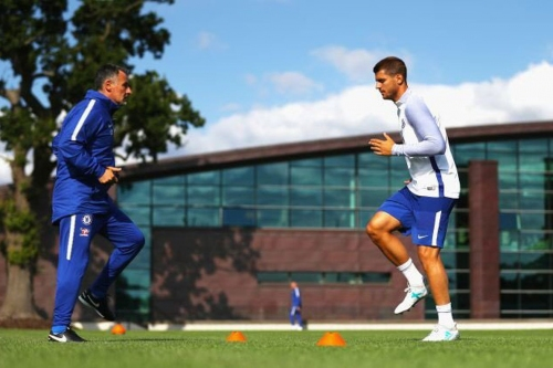 Morata not wasting any time, already training at Chelsea before flying to meet squad