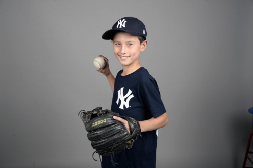 Field of Dreams winner, 10, learns about family from the Yankees