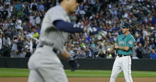 Mariners vs. Yankees: Live updates as Seattle tries to get a win in third game of series against Yanks