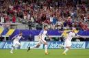 Clint Dempsey ties USMNT scoring record