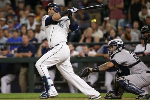 Yankees fall in 10 innings as new-look bullpen falters