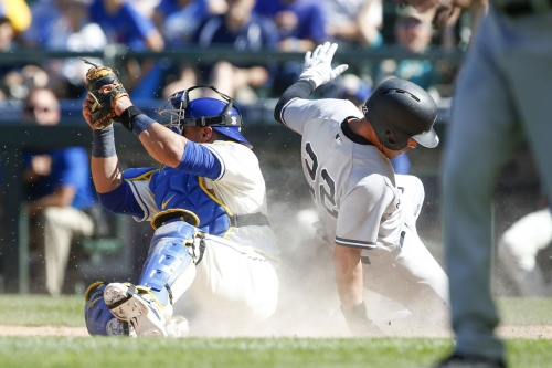Mariners lose seemingly winnable baseball game, blame is assigned appropriately