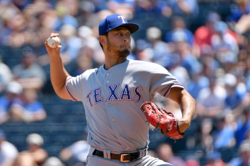 MLB trade rumors: Dodgers have 'strong interest' in Rangers' Yu Darvish