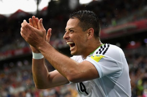 Manchester United hero Javier Hernandez reacts to Old Trafford return with West Ham