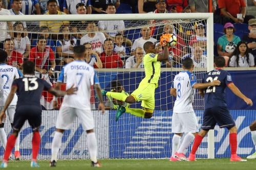 Report: D.C. United monitoring Honduras goalkeeper Luis Lopez?
