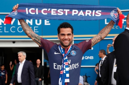 The summer signing that can help Man City forget about Dani Alves