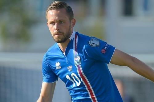 Everton hope to strike Gylfi Sigurdsson deal with Swansea despite rejected offer
