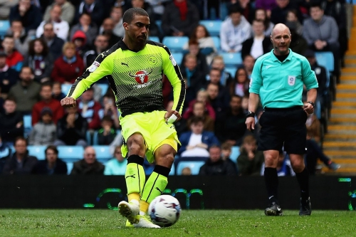 'Don't expect fireworks, could get 10+ goals' - journo on what Sunderland will get from Grabban