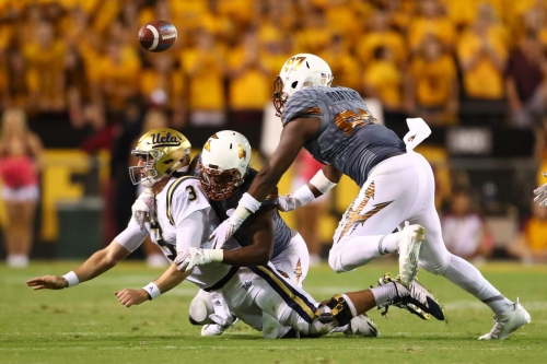 Top Moments: Koron Crump has two sacks against the UCLA Bruins