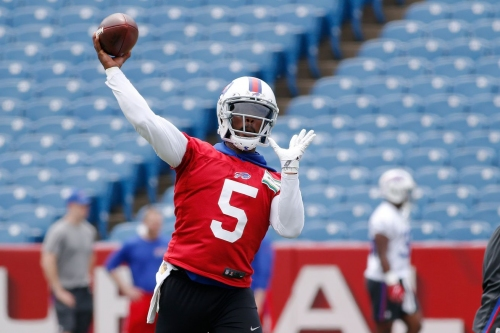 What do Buffalo Bills fans expect from Tyrod Taylor in 2017?