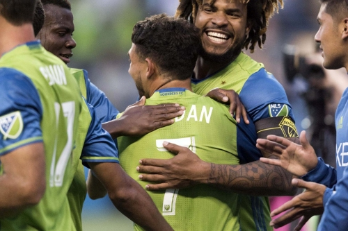 With Ozzie Alonso out, deciding who wears captain's armband is complicated