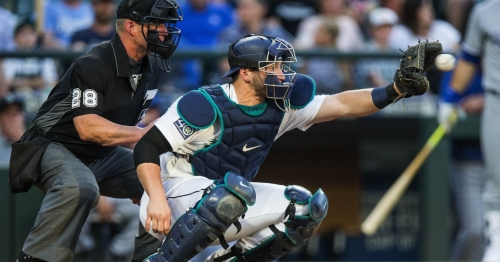 Mariners catcher Mike Zunino making progressing in cleaning up some minor defensive issues