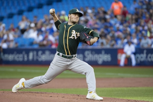 Elephant Rumblings: Sonny Stays at Least Another Day