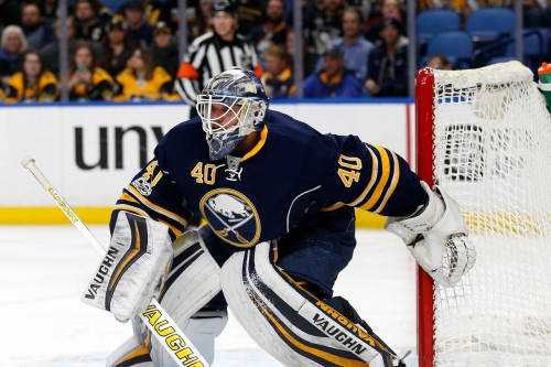 Robin Lehner signs one-year extension