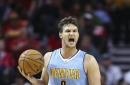 Gallinari: Rooster gets into a Kok fight